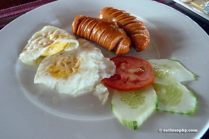 indochina-sails_breakfast