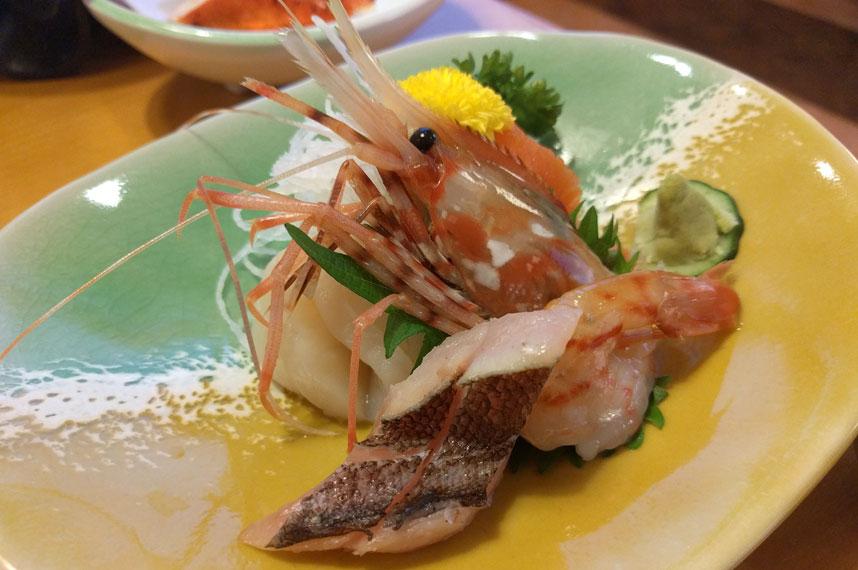 hotel-ayase_2d-sashimi