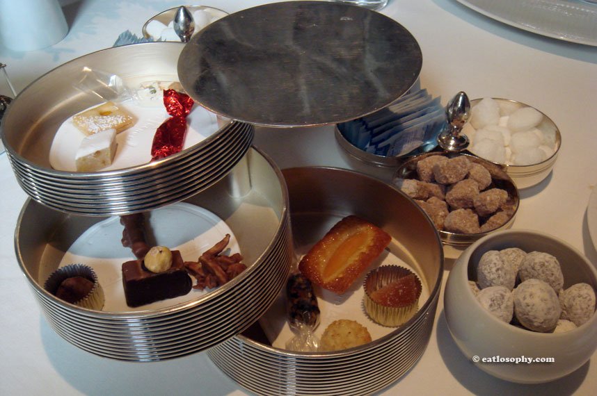 french_laundry_petitfours