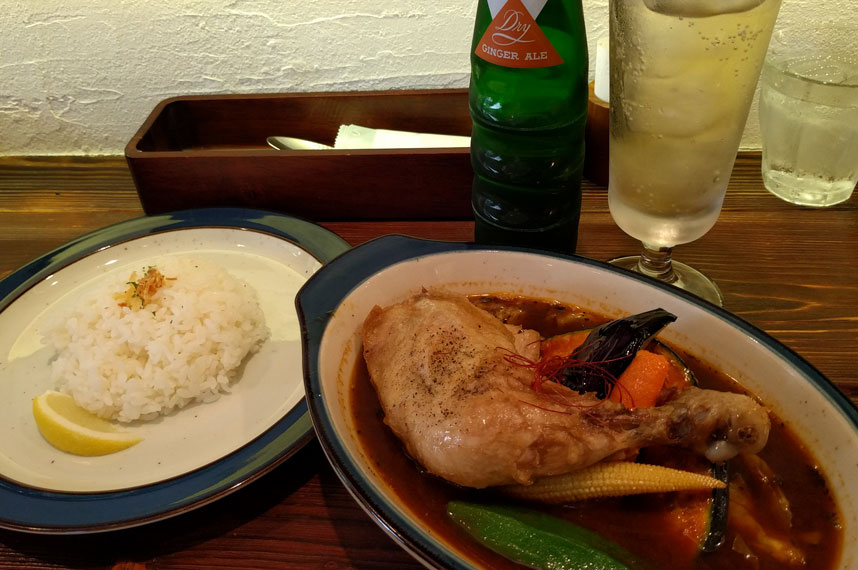 bar-cafe-soup-curry_zora